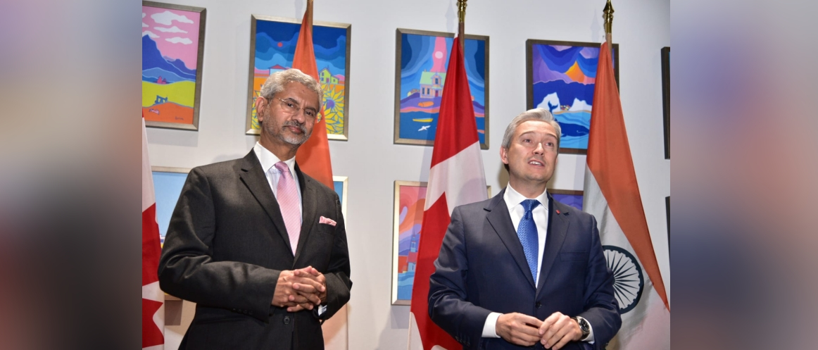 EAM, Dr. S. Jaishankar met his Canadian counterpart Mr. Francois-Philippe Champagne.